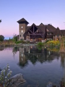 Grand Cascades Lodge